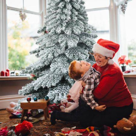Costway Arbre de Noël Artificiel à Flocons de Neige 180cm avec Charnières Support Métallique Pliable et 657 Branches